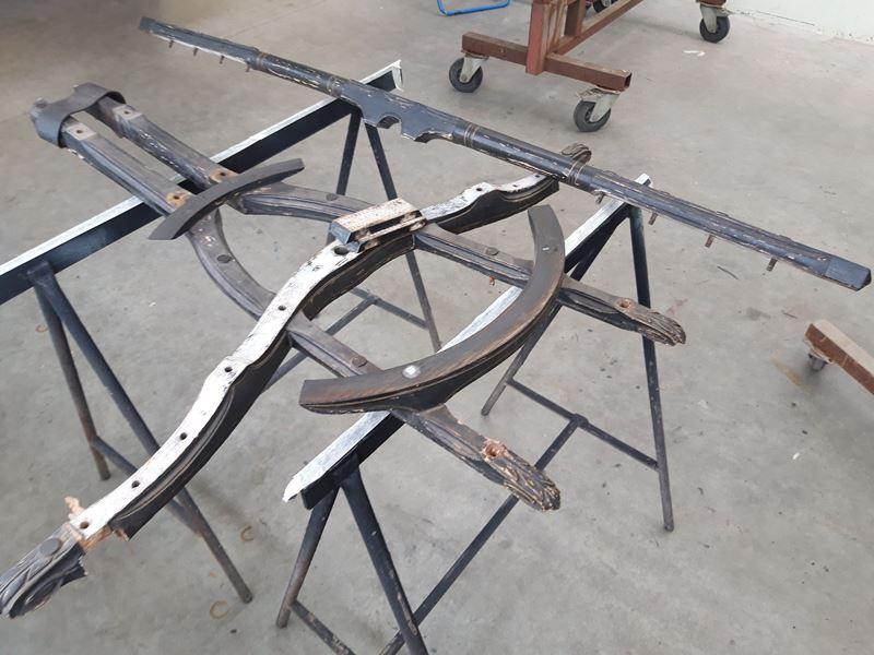 hout voorschamel voor restauratie